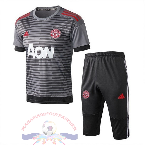 Magasin Foot adidas Entrainement Ensemble Manchester United 2018-2019 Gris