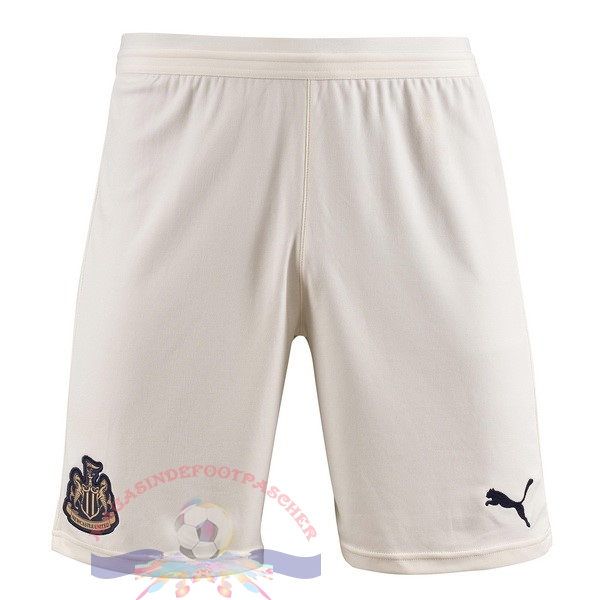 Magasin Foot PUMA Exterieur Shorts Newcastle United 2018-2019 Blanc