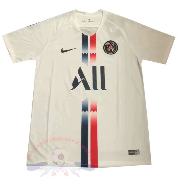 Magasin Foot Nike Concept Exterieur Maillot Paris Saint Germain 2019 2020 Blanc